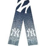 New York Yankees Big Logo Knit Scarf