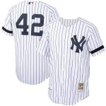 Mitchell & Ness Mariano Rivera New York Yankees White/Navy Home 2000 Cooperstown Collection Authentic Jersey